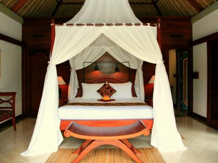 Puri Wulandari room bed