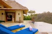 villa私人泳池與景觀